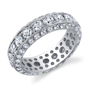 18k White Gold Vintage Style Eternity Band t.w. approx 3.00 Ct.